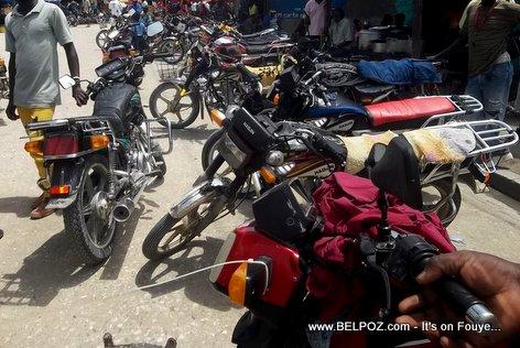 PHOTO: Taxi Moto - Hinche Haiti