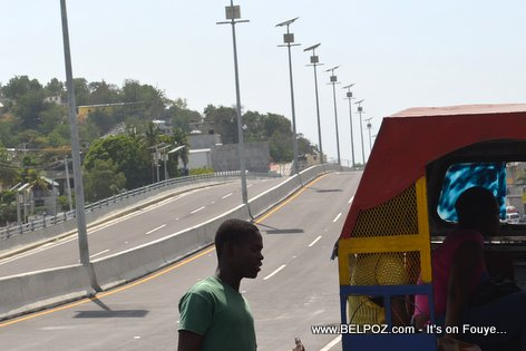 PHOTO: Haiti - Carrefour Aeroport Overpass