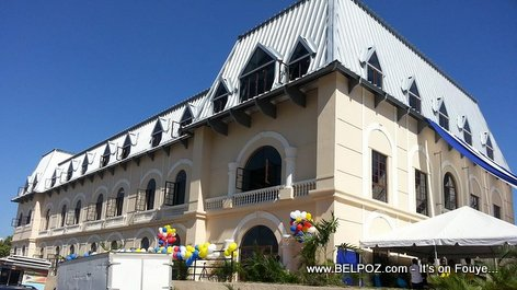 PHOTO: Haiti - Nouveau Lycee Alexandre Petion a Port-au-Prince