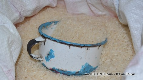 PHOTO: Haiti Food Shopping - Gode Diri - Rice Measuring Cup