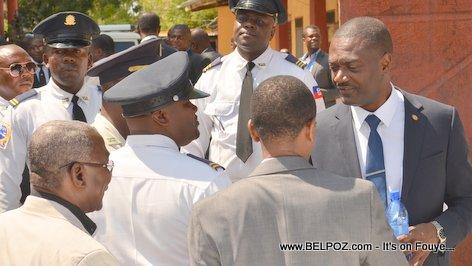 Photo - Hinche Haiti, Depute Fred Piton, Funerailles Victim DIFE Pump Gasoline