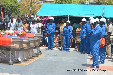 Photo - Hinche Haiti, Protection Civile, Funerailles Victim DIFE Pump Gasoline
