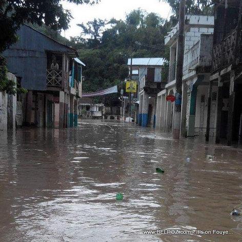PHOTO: Haiti Inondation - Ville Aux Cayes anba DLO...