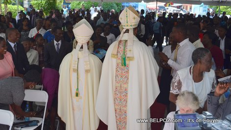 PHOTO: Haiti - Ordination Desinord Jean, nouvel Eveque de Hinche