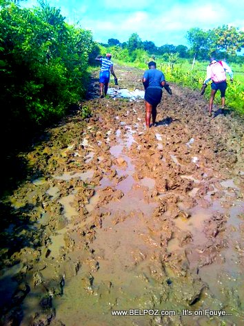 PHOTO: Haiti Muddy Roads - Pignon, Section communale de La Belle-Mère