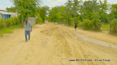 PHOTO: Trois Roches Haiti - a Muddy Road
