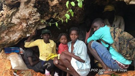 PHOTO: Haiti in Crisis - Desperate Haitians living in caves