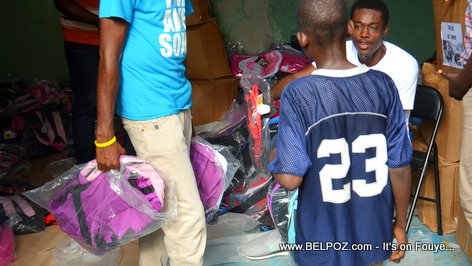 PHOTO: Free school bags for Haitian Students
