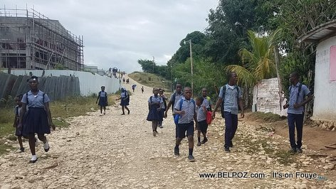Lekol Lage - Haitian Students returning home from school