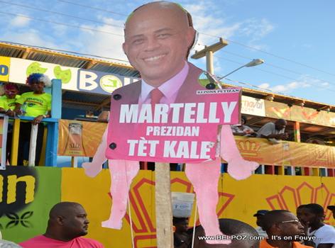 Marionette President Michel Martelly nan Kanaval Gonaives