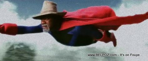 It's a Bird, It's a Plane, NO, It's SUPER TONTON BICHA!!!
