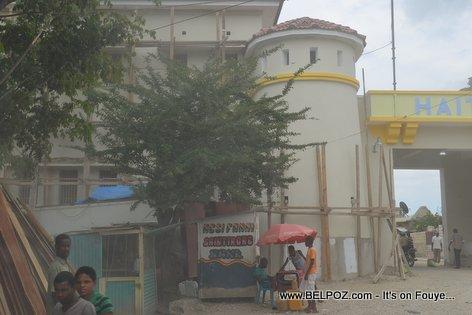 PHOTO: Haiti - Restoration ancienne Caserne de Belladere
