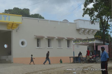 PHOTO: Haiti - Restoration ancienne Caserne de Belladere