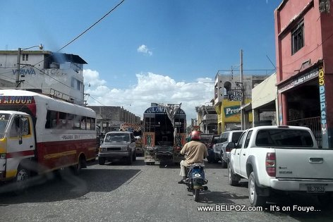 PHOTO: Downtown Port-au-Prince Haiti, Zone Rue Des Casernes, Jul 2014