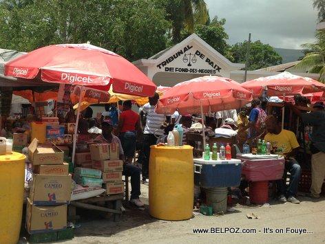PHOTO: Jour Marché - Devan Tribunal de Paix Fond-des-Negres Haiti...