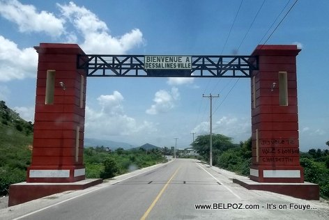 PHOTO: Marchand-Dessalines Haiti - Belle Entrée (Entrance)