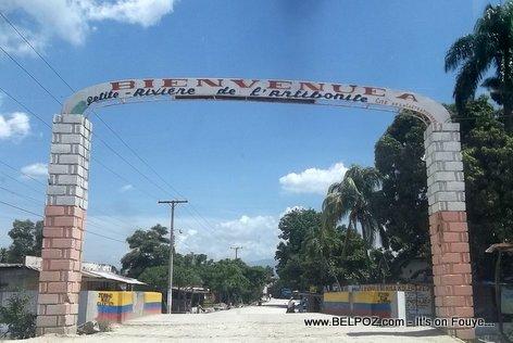 PHOTO: Deuxieme Belle Entree - Petite Riviere de l 'Artibonite Haiti