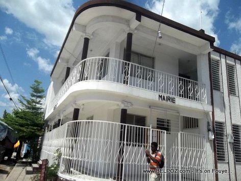 PHOTO: La Mairie - Petite Riviere de l 'Artibonite Haiti