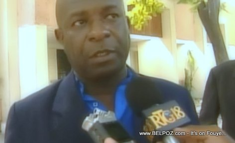 PHOTO: Haiti - Romual Grand Pierre - Huissier de justice (Bailiff)