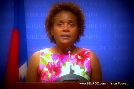 PHOTO: Michaelle Jean at the Primature