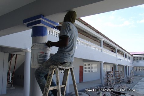 PHOTO: Haiti Public Schools - Lycée Charlemagne Peralte in Hinche getting a new paint job