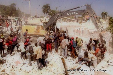 PHOTO: Haiti - Wout Anwo wout anba nan Carrefour (block Marine Haitienne) Kòmanse...