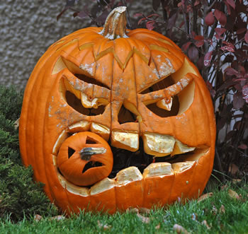 Halloween - Best Pumpkin Carving