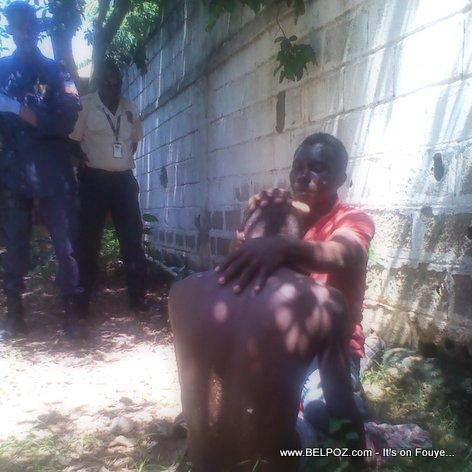 PHOTO/VIDEO: Haiti - Yon Malfekte resisite viktim li apre li bay misye yon kout poud