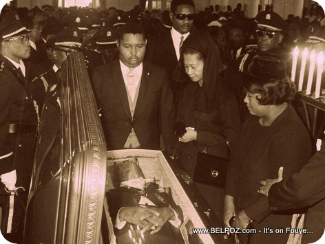 Haiti - Jean Claude Duvalier nan Funérailles papa li, President Francois Duvalier