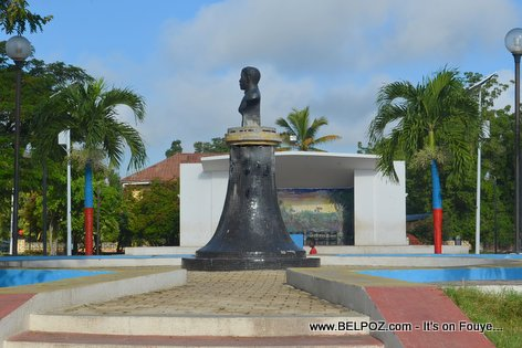PHOTO: Statue of Charlemagne Peralte at the Public Square in Hinche Haiti