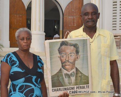 PHOTO: Hinche Haiti - Famille Charlemagne Peralte ap celebre la mort li - 31 Octobre 2014