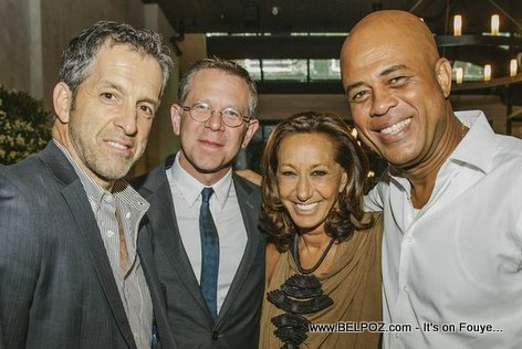 PHOTO: Clothing Designer Kenneth Cole and Haiti President Michel Martelly