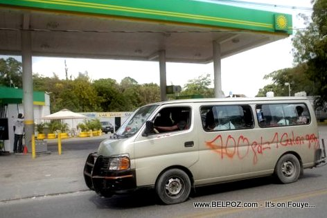 PHOTO: Haiti - Grafiti sou yon bus transport 100 Goud 1 Galon Gaz