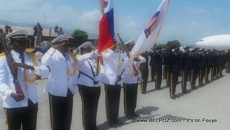 PHOTO: Haiti - Arrival France President Francois Hollande in Haiti