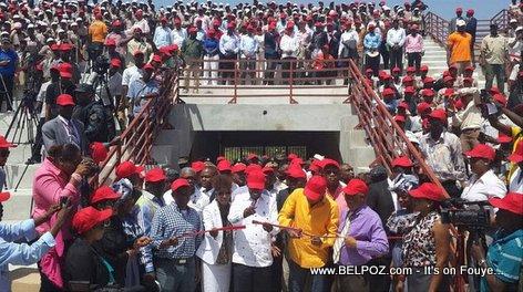 PHOTO: Haiti - President Martelly Inaugure Kiosque Occide Jeanty sou Champs-de-Mars